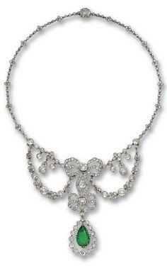 Emerald and diamond beauty bling jewelry fashion