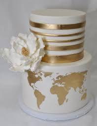 Sugar flower and world map wedding cake Wedding Cake Photos, Floral Wedding Cakes, Themed Wedding Cakes, Fall Wedding Cakes, Wedding Cake Designs, Wedding Desserts, Themed Cakes, Map Wedding, Pretty Cakes
