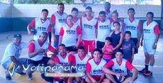 Convivio Interclubes en el gimnasio de Alcaldedíaz