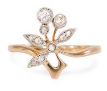 Spring Is Here - Diamond Flower Ring
