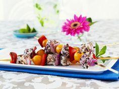 Bunter Gemüse-Spieß mit Heilbutt ist ein Rezept mit frischen Zutaten aus der Kategorie Fruchtgemüse. Probieren Sie dieses und weitere Rezepte von EAT SMARTER!