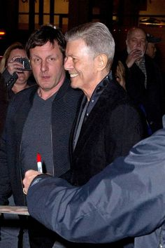David Bowie is back with opening of his new show Lazarus... and doesn't he look great - Mirror Online