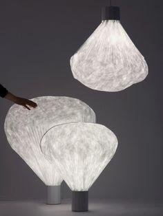 Lampes de table - Inga Sempé - Lampe Vapeur - Moustache - utilisation dominante du tyvek