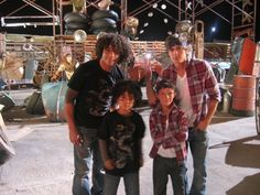 """Adorable ~ Corbin & Zac posing with the mini-mes used in """"The Boys are Back"""" in HSM Disney Channel Movies, Disney Channel Original, Original Movie, Troy Bolton, Troy And Gabriella, Zac Efron And Vanessa, High School Musical 3, Disney High Schools, Old Disney"""
