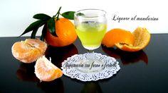WhatsApp Twitter Facebook Google + Pinterest Liquore al mandarino Il meraviglioso profumo degli agrumi di Sicilia, trasformato in un liquore dolce, da usare come digestivo, ma anche per farcire i vostri dolci – Ingredienti: 10 mandarini biologici 500 g di zucchero 1/2 litro di acqua 1/2 litro di alcool Togliere la buccia a 10 mandarini, …