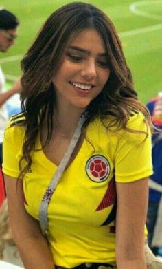 Hot Football Fans, Football Girls, Soccer Fans, Ronaldo, Fifa, Colombian Girls, Names Girl, Sporty Girls, Sports Women