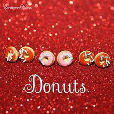 Donuts Polymer Clay Stud Earrings / di CreazioniKawaiiShop su Etsy