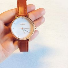 Nixon Kensington watch in Rose gold with white face and saddle leather band - Stainless Steel Case