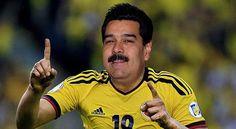 El presidente Maduro felicito a su selección de Fútbol por la Victoria ante Perú en los penalesy así clasificar a la siguiente ronda las semifinales de la copa América. HOY JUEGA LA DE TODOS LOS VENEZOLANOS La vinotinto