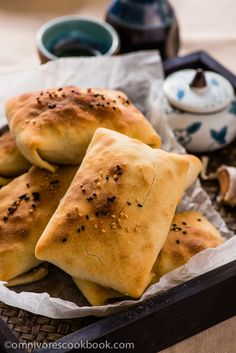 Baked Samosa - the moist and rich lamb onion filling is wrapped in a crispy crust. A great appetizer or party snack   omnivorescookbook.com