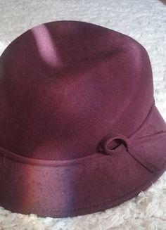 Kup mój przedmiot na #vintedpl http://www.vinted.pl/akcesoria/inne-akcesoria/10806473-kapelusz-damski-welna-bordo-bordowy
