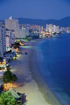 Mexico, Acapulco Bay at dusk