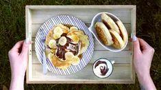 Tvarohové lívance téměř bez mouky: placky syrniki Waffles, Pancakes, Kefir, Smoothie, French Toast, Breakfast, Ethnic Recipes, Morning Coffee, Waffle