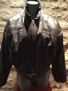 1980' black leather jacket. Size M. by nicevintageshop on Etsy #etsyvintage