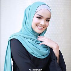 403 Likes, 15 Comments - Malaysia& Best Hijab Brand ( . Muslim Fashion, Modest Fashion, Hijab Fashion, Hijab Niqab, Mode Hijab, Muslim Hijab, Hijabi Girl, Girl Hijab, How To Wear Hijab