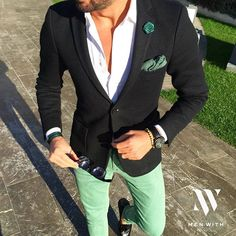 Great photo of our friend @tufanir #MenWith #menwithclass