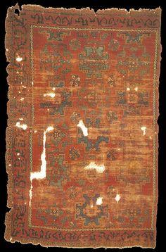 15th century early Ottoman rug with Holbein Gül, western Turkey. Vakiflar Carpet Museum, Istanbul