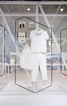 Design d'espace - Scenographie & Vitrine - Creative shop window Plus