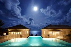 Serene Holiday Villa on the Caribbean coast: Sunrise House:
