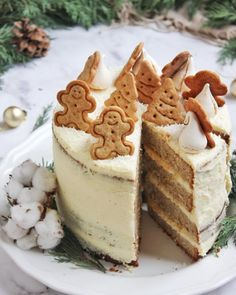 Gingerbread torta - uskusna i dekorativna blagdanska slastica Christmas Dishes, Christmas Sweets, Sweet Recipes, Cake Recipes, Gingerbread Cake, No Bake Cake, My Favorite Food, Holiday Recipes, Cake Decorating