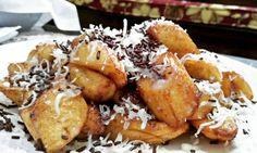 Resep camilan dari pisang istimewa Jamun Recipe, Tastemade Recipes, Nuggets Recipe, Banana Recipes, Dessert Recipes, Desserts, Cake Cookies, Food And Drink, Cooking Recipes