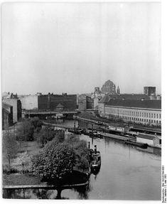 Berlin, Mühlendamm, Staatliche Münze;   05.05.1961 Berlin. Blick auf die Berliner Münze (Mitte) (Panorama)