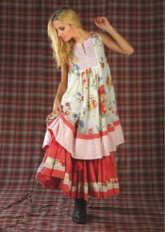 Sommer kann kommen great look for a pregnant woman too! Fashion Moda, Boho Fashion, Fashion Dresses, Fashion Design, Altered Couture, Gypsy Style, Bohemian Style, My Style, Girl Style