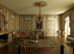 Although intended to furnish Marie-Antoinette's grand cabinet intérieur at the château de Versailles during winter months, the furniture was removed in 1783, when the suite was redecorated & placed in the queen's billiard room on the floor above. Sold during the French Revolution, the entire set was acquired by the American statesman Gouverneur Morris (who served as minister of the U.S. in France from 1792 to 1794) & sent to Morrisania, his country estate in the Bronx. [1st of two pins]
