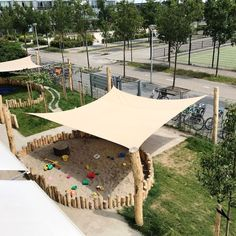 DIY Backyard Projects For Summer Are Extremely Cool ⋆ Home & Garden Design Playground Design, Backyard Playground, Backyard For Kids, Backyard Projects, Children Playground, Playground Ideas, Outdoor Play Spaces, Outdoor Fun, Parks And Recreation Jobs