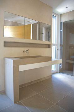 Massives Waschbecken In JASMIN D, Abgestimmt Auf Die Großformatigen  Bodenplatten Im Selben Material Und Als