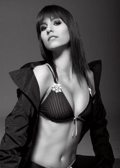 Diana Poth Hungarian Queen of Ice Hot gallery picture archive hot magazine news    #picture #photo #gallery #magazine #gossip #girls #celebrities #celebrity #beauty #fashion #sports #beauties