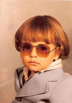My cousin's glam shot in the early 80's when he was 5 yrs. old - He picked out the outfit. - Imgur