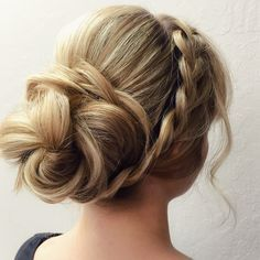 GoPro tutorial video for Braided Flower Updo by Lala's Updos with Fave4