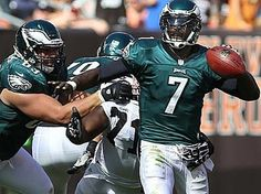 """""""I'm the one who lived it,"""" Michael Vick said of his poor performance against the Browns. Michael Vick, Philadelphia Eagles Football, Nfl Football Teams, Fly Eagles Fly, Local News, Sports, Hs Sports, Sport"""