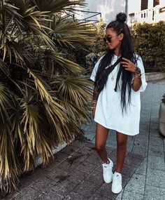 ✯ Find more black outfits, cute outfits and pretty dresses, clothing drawing and mens clothing. Another clothing storage, skinny jeans and informal dresses Mode Outfits, Trendy Outfits, Fashion Outfits, Black Outfits, Fashion Pants, Summer Shorts Outfits, Womens Fashion, Workwear Fashion, Fashion Blogs