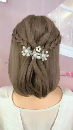 Hair Tutorials For Medium Hair, Easy Hairstyles For Medium Hair, Braids For Short Hair, Hair Ponytail Styles, Shot Hair Styles, Short Hair Styles Easy, Medium Hair Styles, Kawaii Hairstyles, Hair Streaks