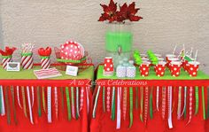 Christmas ribbon garlands! Available here:  http://www.etsy.com/listing/85938850/christmas-ribbon-garland
