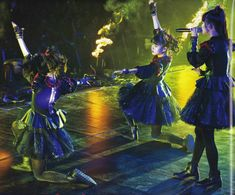 Baby Metal, Sakura Gakuin, Best Friend Pictures, Yui, Kawaii Cute, Best Friends, Japan, Concert, Illustration