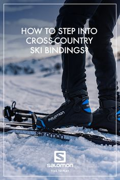 Do you find it hard to step into the bindings of your cross-country skis? With a bit of practice, it's real-ly simple and will work every time no matter what equipment you use. Here is our advice. Nordic Skiing, Ski Bindings, Sports Today, Winter Running, Country Boots, Ski Jumping, Ski Boots, Sports Training, Cross Country Skiing