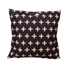 Housse de coussin style scandinave. Idéal pour donner un coup neuf à la déco de votre canapé.