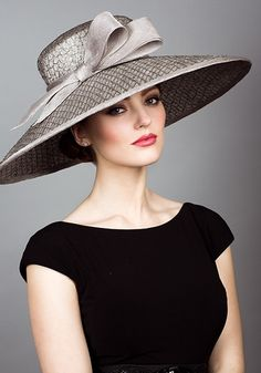 Rachel Trevor Morgan, S/S 2014. Mesh straw picture hat with straw bow. #passion4hats