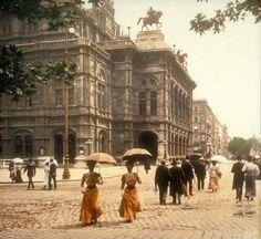 La Belle Epoque in Paris La Belle Epoque Paris, Belle Epoch, Art Nouveau, Art Deco, Old Pictures, Old Photos, Vintage Photographs, Vintage Photos, Vienna State Opera