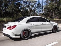 Mercedes Benz Cla 250, Mercedes Benz Models, Cla 45 Amg, Motocross, New Ferrari, High Performance Cars, Sports Sedan, Courses, Motor Car