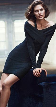 Inspiration Tenue de soirée - On aime cette magnifique robe noire qu'on aimerait bien porter pour le Nouvel An...