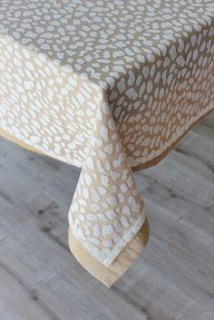 Benekli 2 Adetten Oluşan Masa Örtüsü Seti | Masa Örtüsü | Moda Fabrik