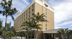 Hampton Inn Hallandale Beach-Aventura Hollywood Offering a free hot daily breakfast and free WiFi, Hampton Inn Hallandale Beach-Aventura is just 5 minutes' walk from the shopping and dining of The Village at Gulfstream Park.  Guests can enjoy a refreshing swim in the heated outdoor pool.