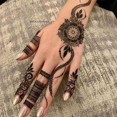 Simple Mehndi Designs Fingers, Latest Finger Mehndi Designs, Modern Henna Designs, Henna Tattoo Designs Simple, Basic Mehndi Designs, Back Hand Mehndi Designs, Henna Art Designs, Mehndi Designs For Beginners, Mehndi Designs For Girls