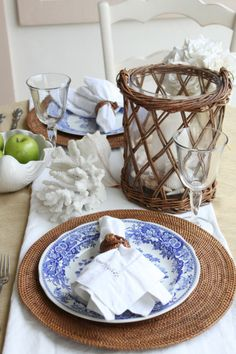 Don't you love the ice bucket!  -  Linda Broughman via Interiors by Tracy Lee onto Blue & White