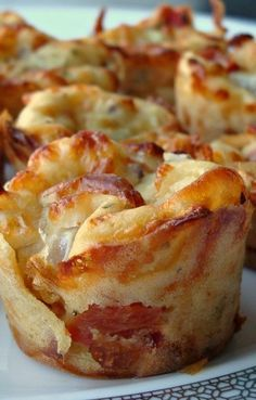 Garden Pizza Puffs Recipe ~ Says: They are cheesy, delicious and very easy to make. With only about 35 calories per puff, they are a fun and healthy option to satisfy your pizza cravings.