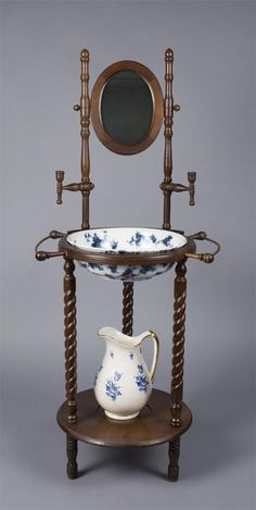 Fine Victorian Wash Stand, Pitcher and Basin